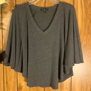 Forever 21 XXI Sweater Flutter Sleeve Poncho Top